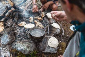 Brotbacken auf der Norwegen Trekking Tour