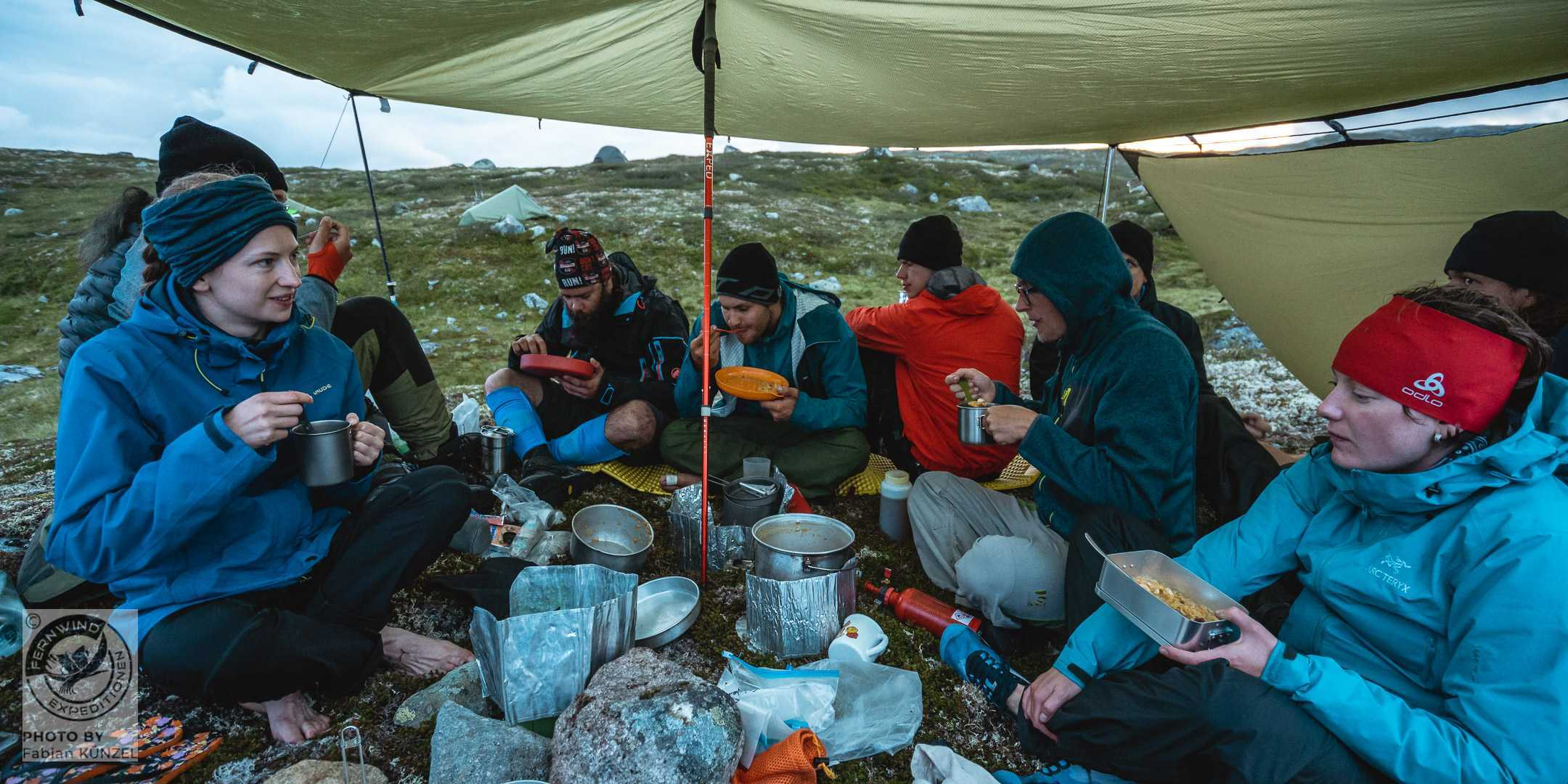 Essen unter der Plane in Norwegen
